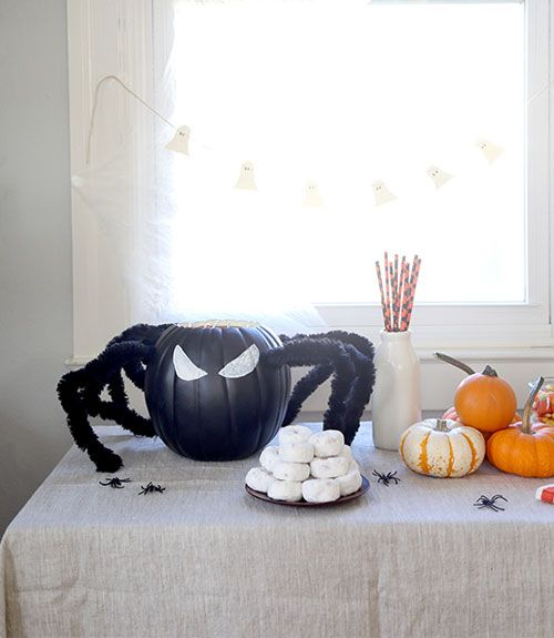 15 Last-Minute Halloween Decorations You Can Make in a Flash Foam - cool halloween decorations you can make