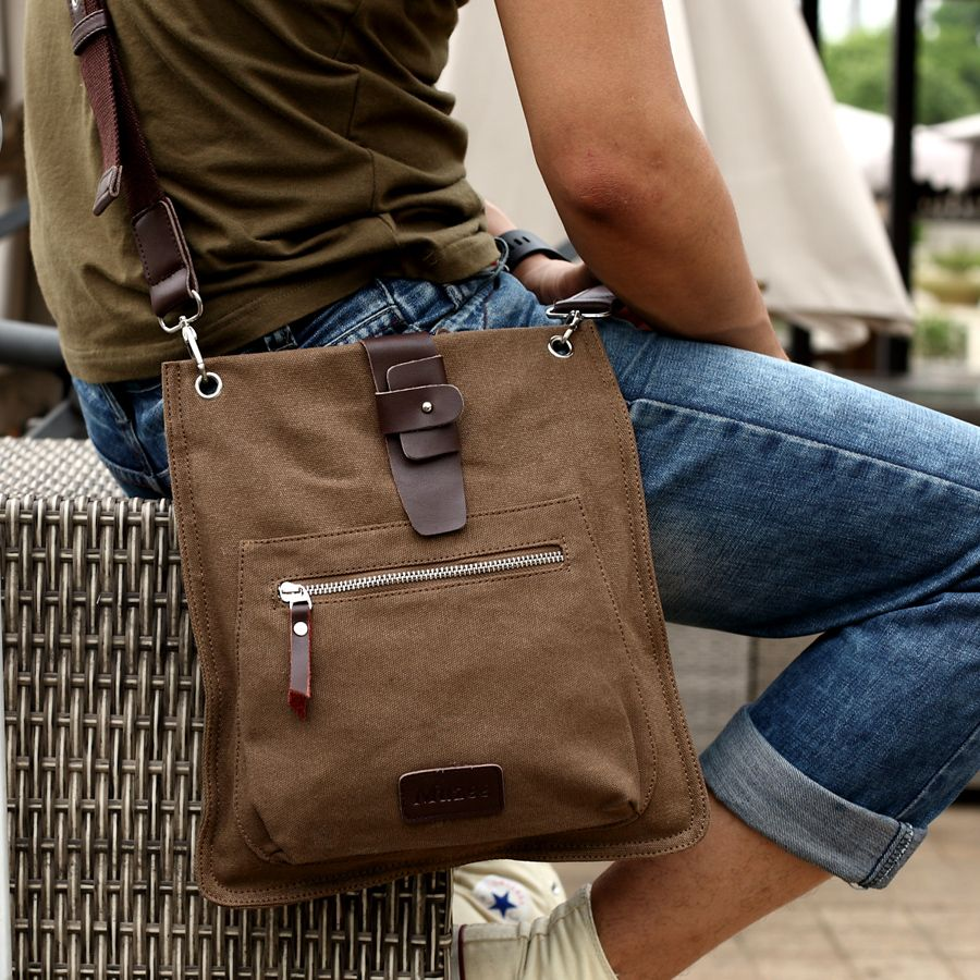A traditional bag with effortlessly cool features: The Messenger ...
