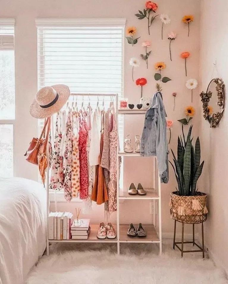 16 Fantastic College Dorm Room Decor Ideen und umgestalten #dormroom #bedroomideas # ...