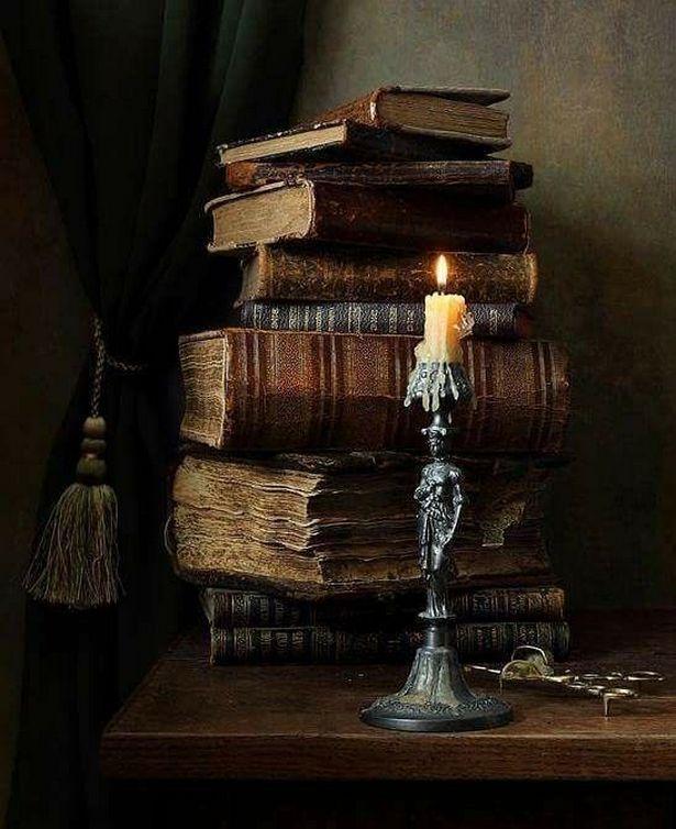 Witch Home Interior Decorating Ideas #witchcottage