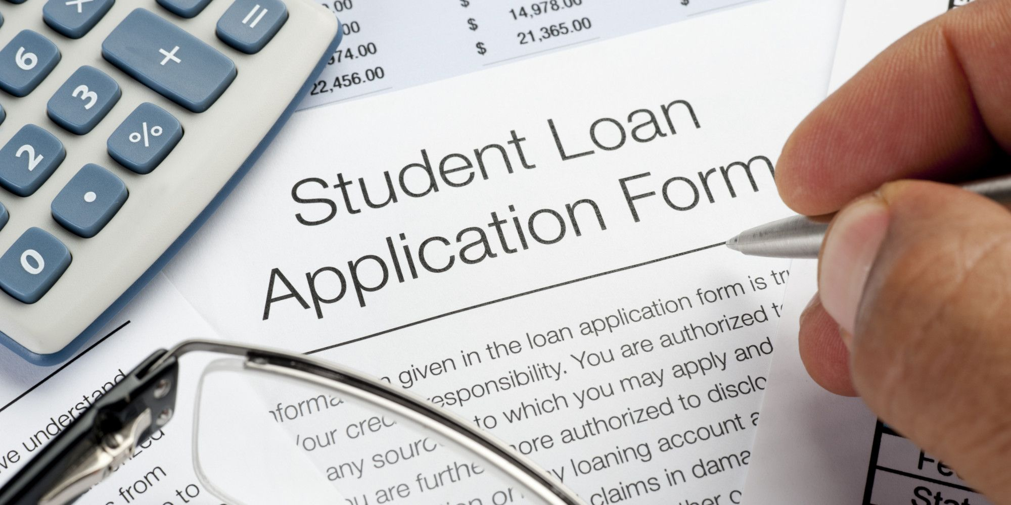 Five Questions To Help Choose The Best Student Loan For You Paying Off Student Loans Student Loans Private Student Loan