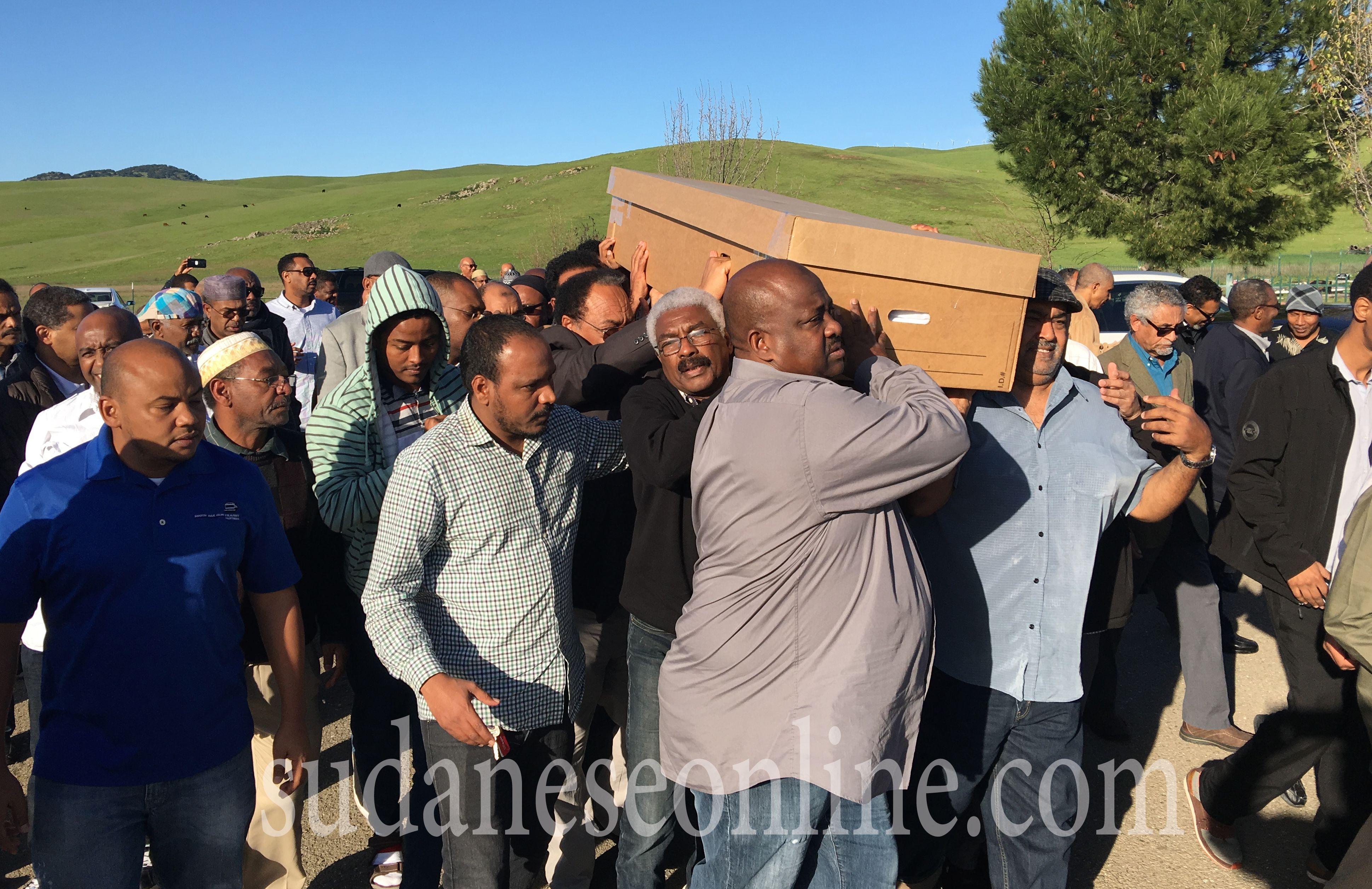 السودانيون بكلفورنيا يودعون د.عبد الماجد محمد على بوب الى مثواه الاخير(صور)