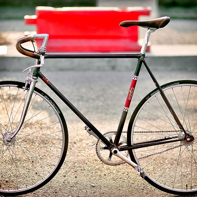 peugeot fixie porn peugeot bicycle fixie. Black Bedroom Furniture Sets. Home Design Ideas