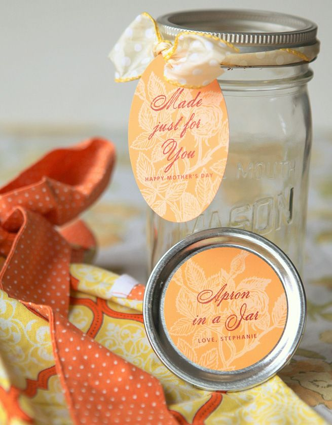40 Christmas Gift-In-A-Jar Ideas Apron, Stationery and Gift
