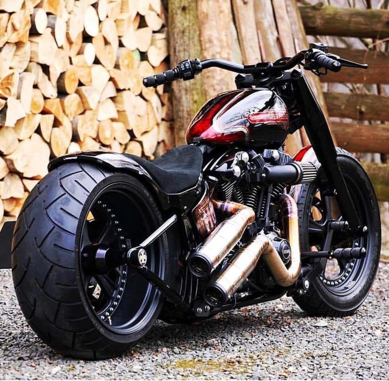 Harley Davidson Custom Bobber Harleydavidsoncustom Motorcycle Harley Bobber Motorcycle Custom Bobber