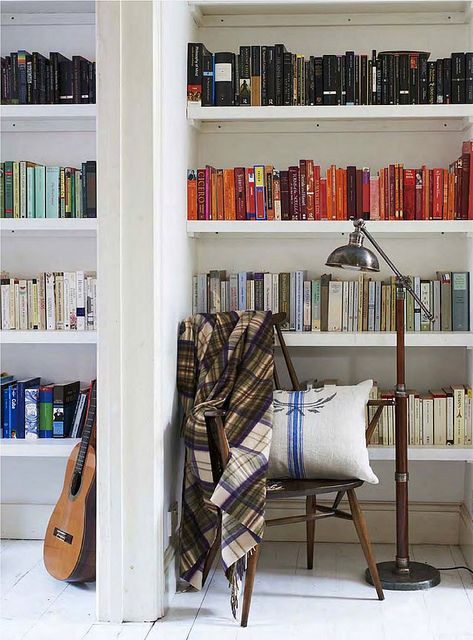 Sarah Lidwell-Durnin / Oliver Gordon / Heart Home Magazine {white eclectic vintage modern library