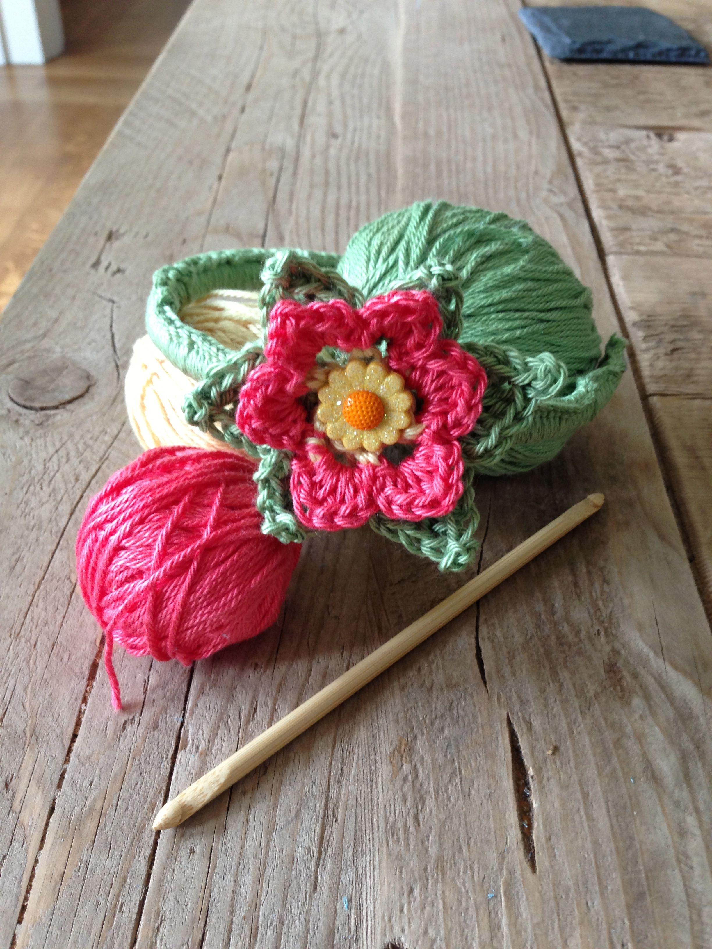 up-cycled Flower Headband Free Tutorial, nice flower! thanks so xox ...