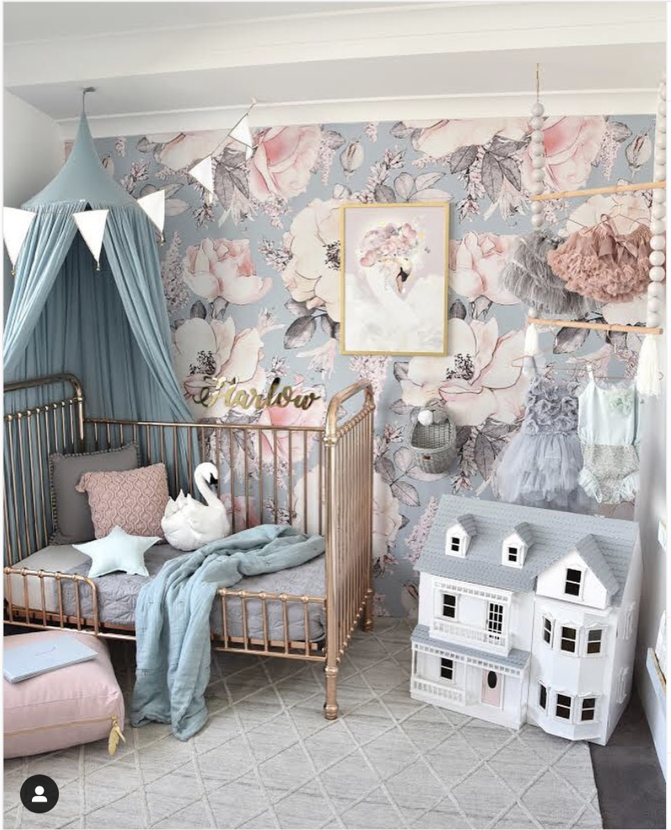 On Trend 12 Rooms With Dramatic Floral Wallpaper Girl Room