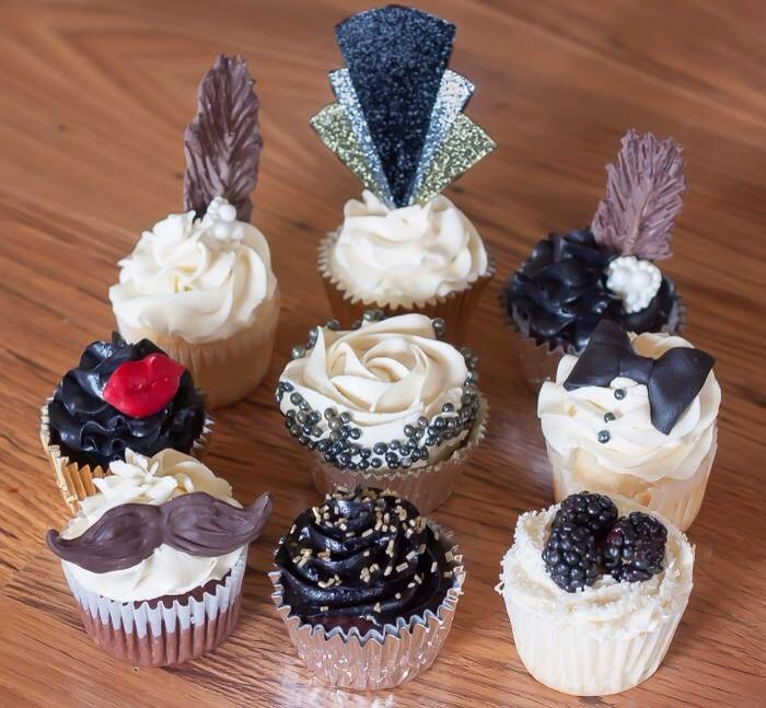 The Great Gatsby Cupcakes. Mustache. Red lips. Chocolate fathers. Edible jewels. 1920's. Blackberries