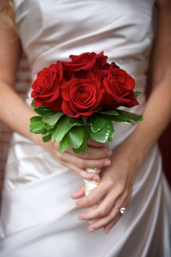 Intimate Courthouse Wedding Simple Wedding Bouquets Red Bridal