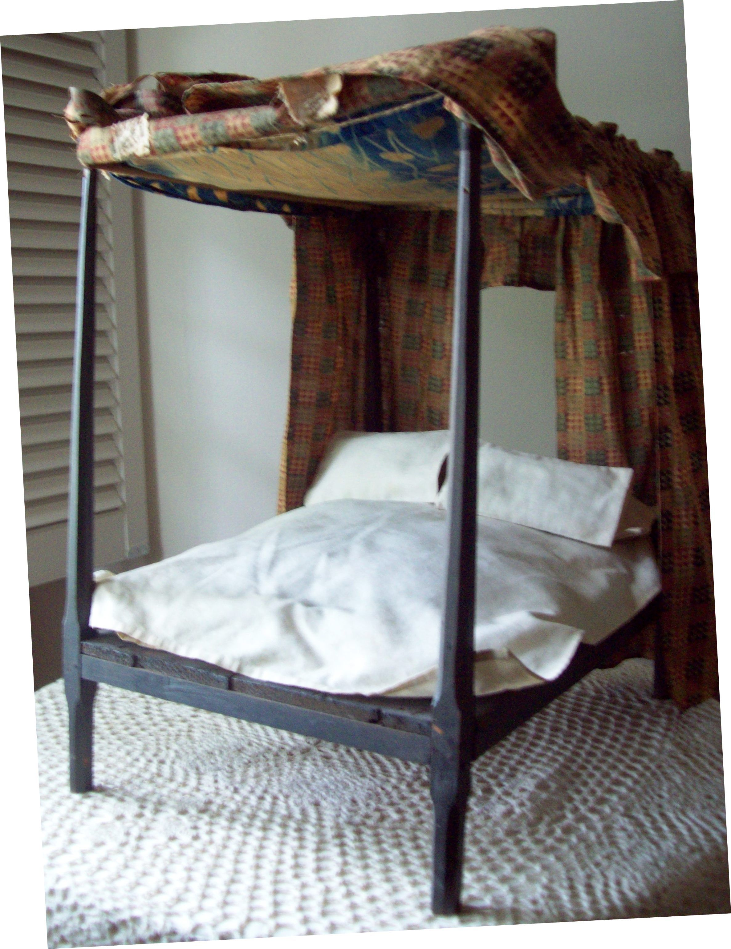 Antique Doll S Bed Made By Isaac Hicks For His Daughter Marianna