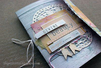 Riikka Kovasin - Paperiliitin: Divine beauty minialbum - Paperilla