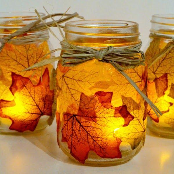 Herbststrauss Vom Wegesrand Baumstamm Teelichthalter Im