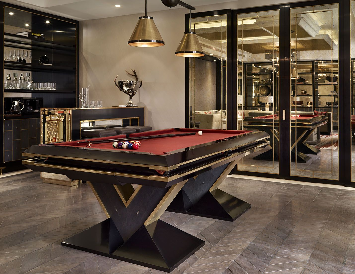 Pin by 黄 小隆 on 设计感觉 | Custom pool tables, Pool table room ...