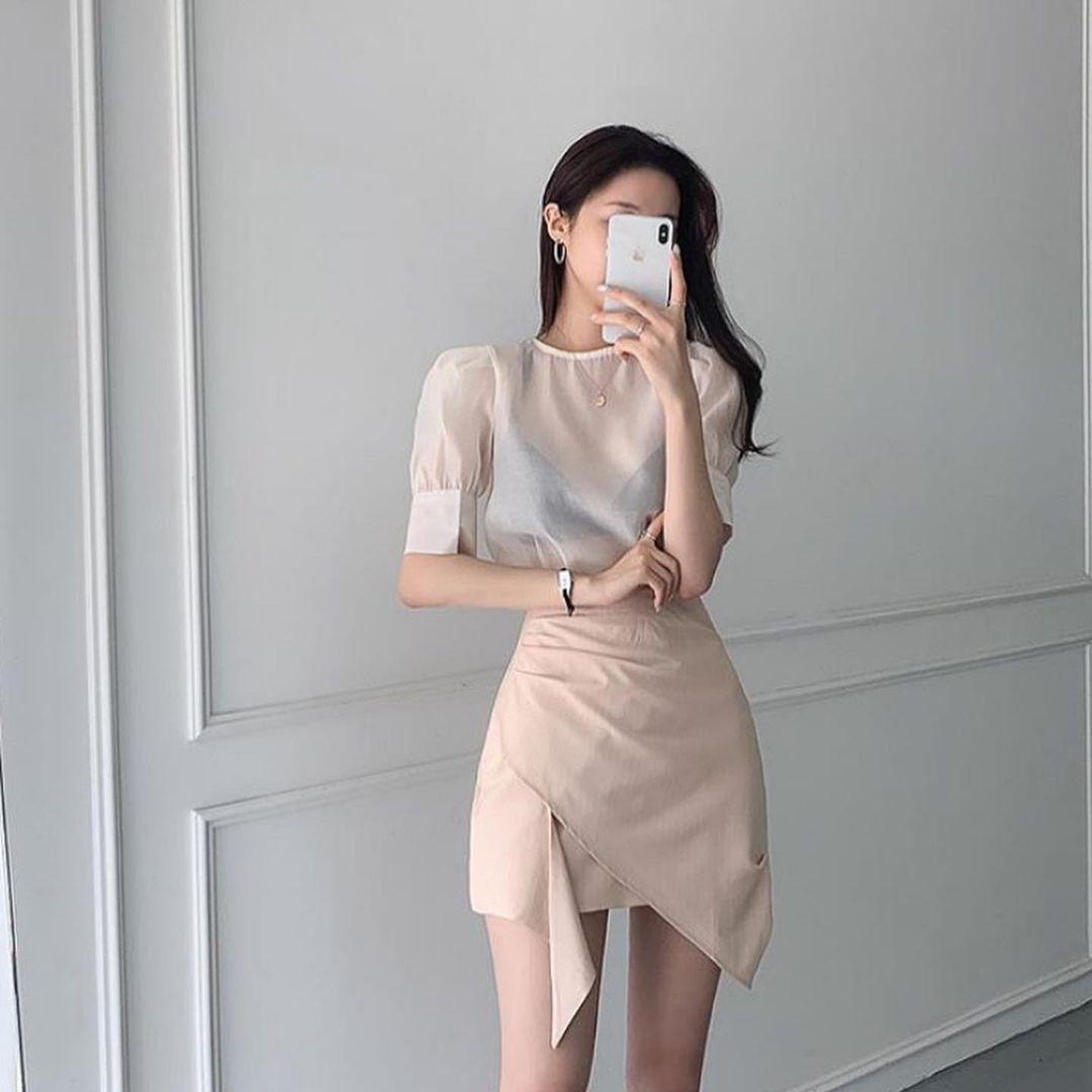 Girl Classy Clothing Ideas Stylish Winter 2020 Sweet K Pop Fashion Tiktok College Fashion Classy Outfits Pop Fashion