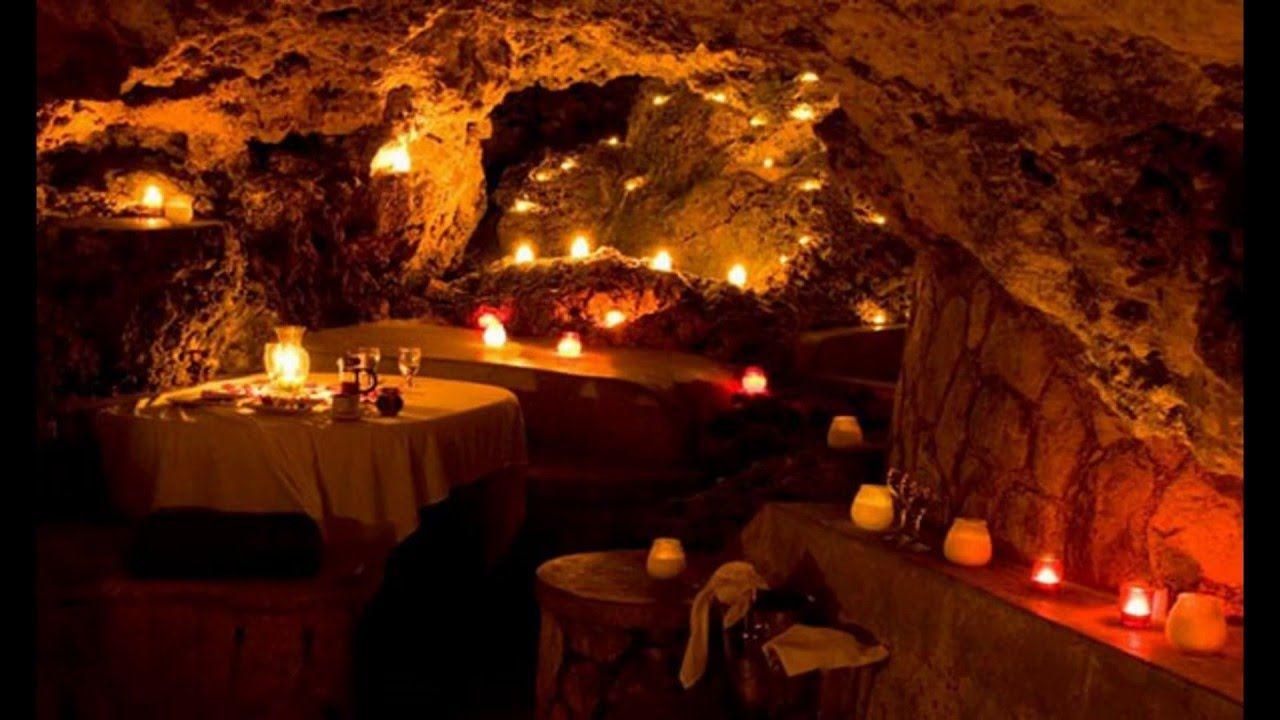 اجواء رومانسبة مميزة عيشها طوال اقامتك فى #فندق_ادرير_اميلال, #سيوة #Adrere_Amellal #Siwa   Dream hotels, Jamaica resorts, Riviera maya resorts