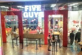 Resultado de imagen para five guy hamburger