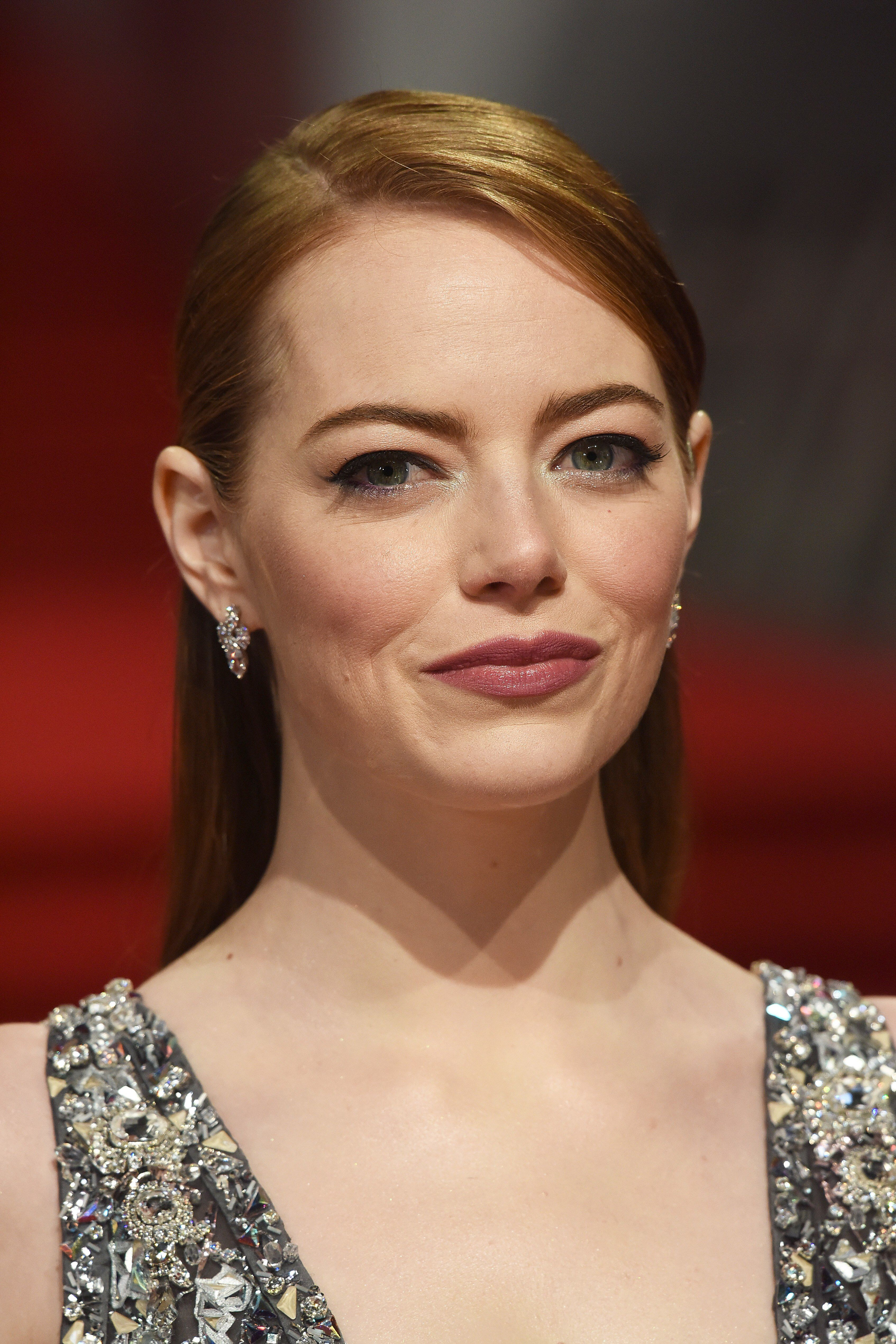 Pin by Brian Mace on Film Emma stone style, Colored