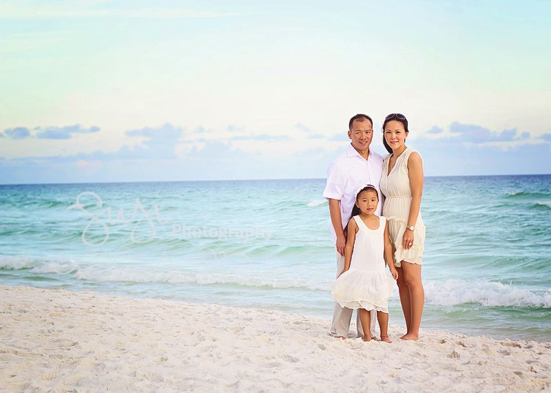 Family Photographer in Destin, Florida Examples - Susi Photography is a custom family and beach photographer from Seaside, Destin, Watercolor, to Ft Walton, Florida