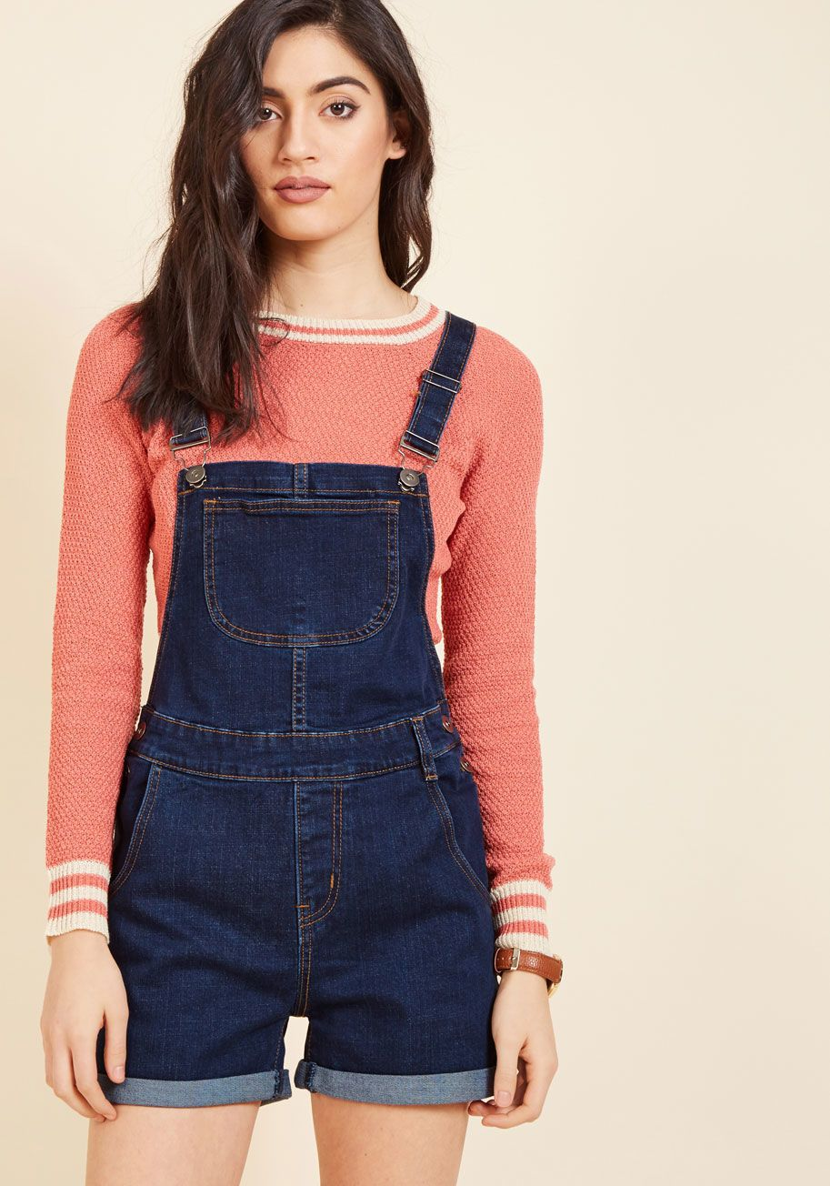 <p>Once you decide on these denim shortalls for the day, your ensemble is practically finished! All that's left to do is pair a few favorite pieces with the plentiful pockets, cuffed legs, and touch of stretch this ModCloth-exclusive jumper offers, and you'll be on your way with time to spare.</p>