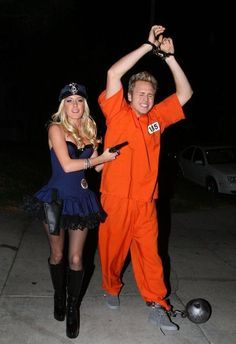 Easy cute couple Halloween costume idea (even your boyfriend will agree to wear this) - You a sexy police woman... him a prisoner in an orange jumpsuit.  sc 1 st  Pinterest & Great Couple Halloween Costume Ideas He WILL Wear | Pinterest ...