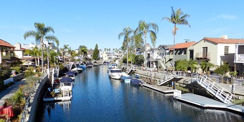 Naples Island In Long Beach California The World Is A Book