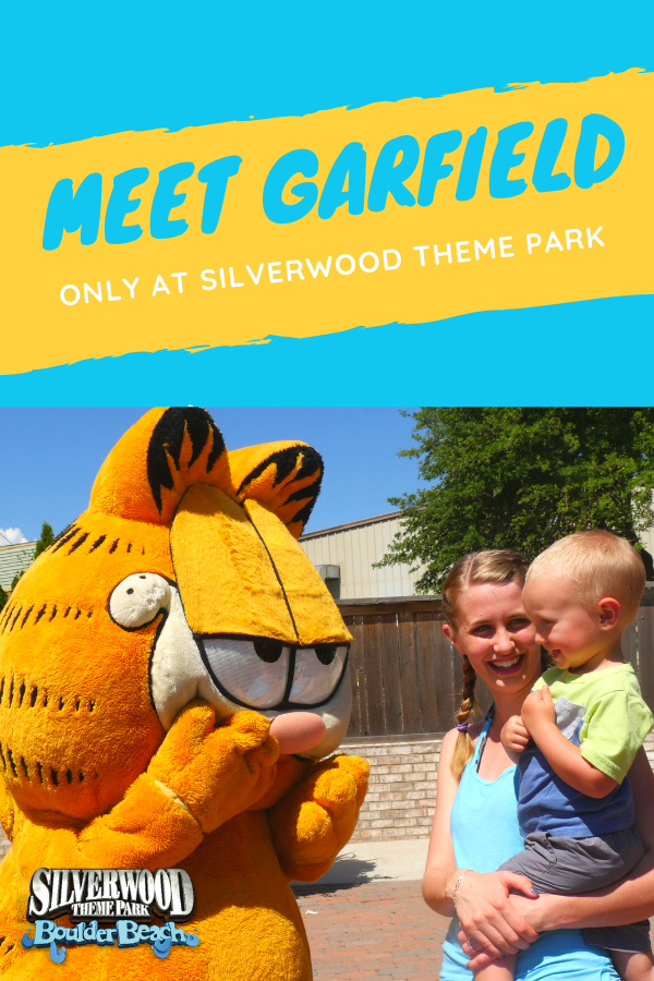 Meet Garfield Theme Park Garfield And Odie Garfield