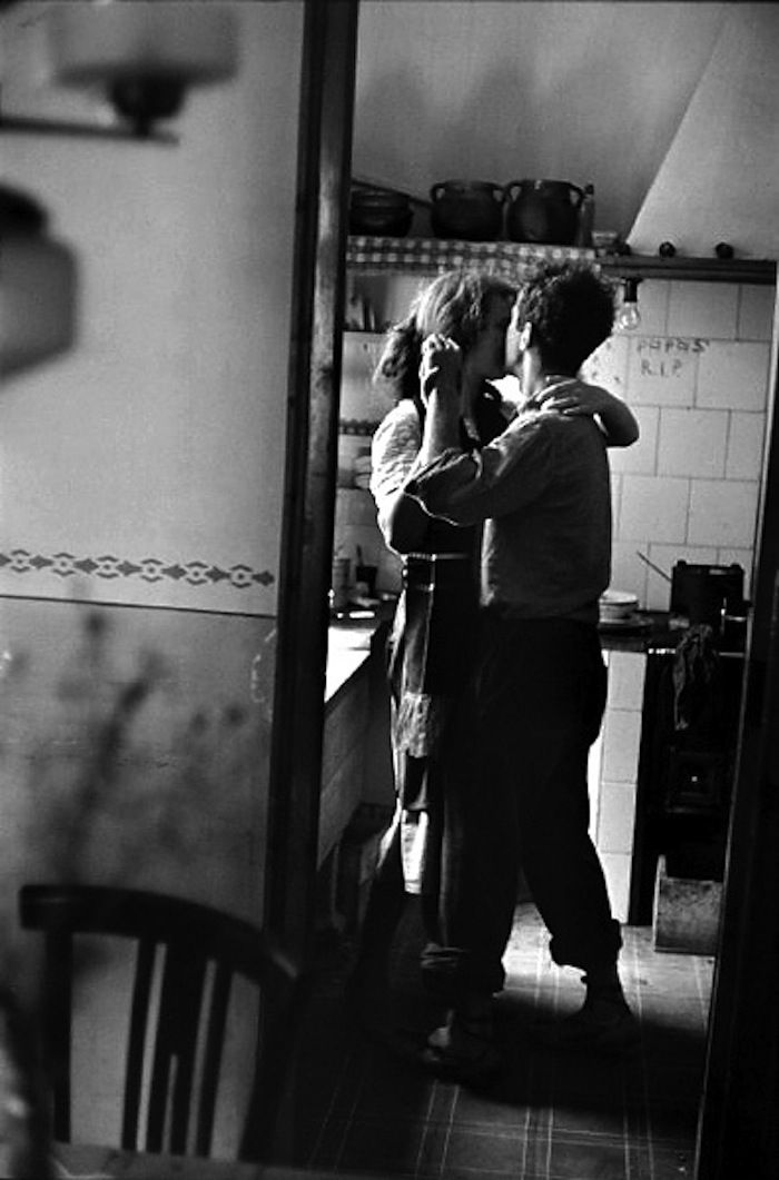 photo by Elliott Erwitt 1952 - Robert and Mary Frank - SPAIN Valencia, Your voice will make a difference, UK are experts on how to fuck the world royally, don't allow this, go green 4 all what you do, http://stargate2freedom.com/2013/10/07/wake-up-world/