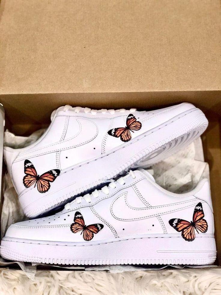 Apariencia ganancia Resonar  Tenis Nike con mariposas | Zapatillas nike para niñas, Zapatos nike para  damas, Modelos de zapatos nike