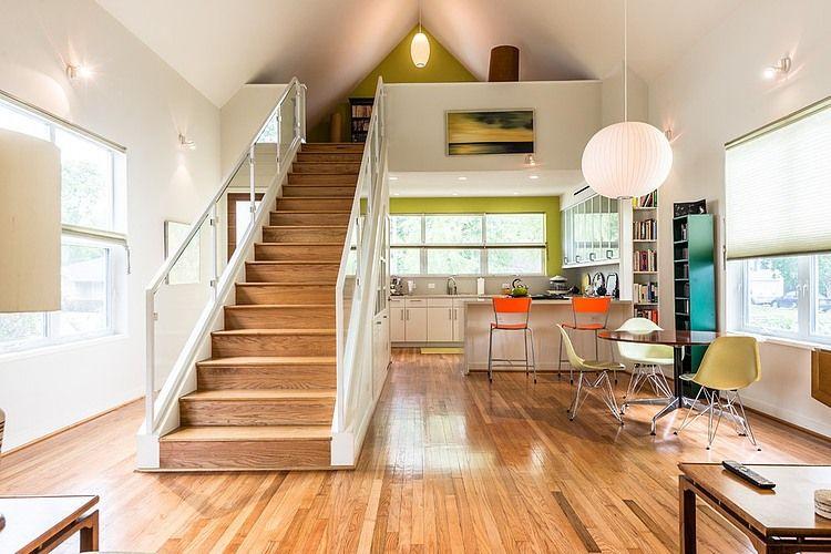 Cucina con soppalco - Greer Residence by Brett Zamore #Design #attic ...