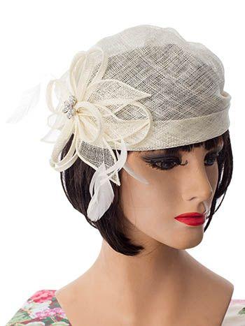 644386b4fd5c13 20s Vintage Inspired Flower Rhinestone Ivory Sinamay Turban #flapperhats # bluevelvetvintage #vintageinspiredhats