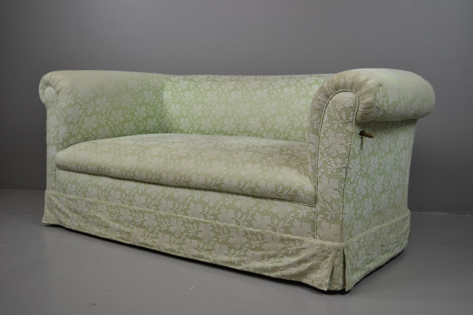 Early 20th Century Drop Arm Antique Chesterfield Sofa | eBay | Best ...