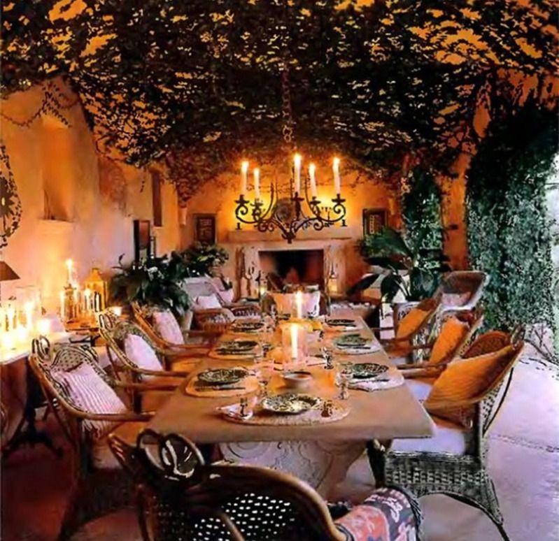 Welcome! Enjoy! Romantic outdoor dining room on Mallorca @ zeospot.com