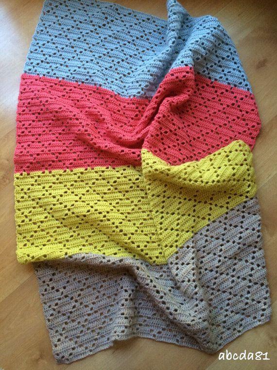 Couverture au crochet couverture bébé plaid coloré par abcda81 | le ...