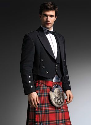 3a728ede32f34a I think we will meet this lad in London!   Men in Kilts  )   Men in ...
