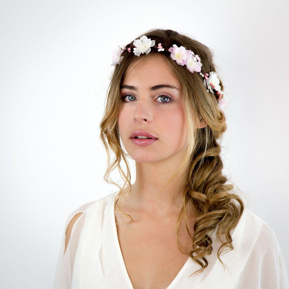 Couronne de fleurs et de baies mariage cirrus blanc et rose p le accessoires coiffure par - Coiffure mariage temoin ...