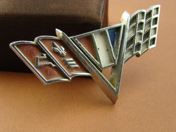 EACH 65-67 CAMARO CHEVELLE V-FLAG FENDER EMBLEM