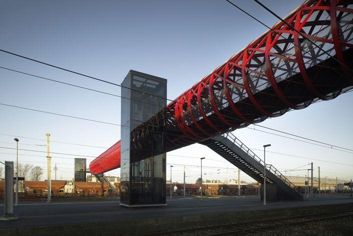 bridge | la roche-sur-yon | bernard tschumi architects | public