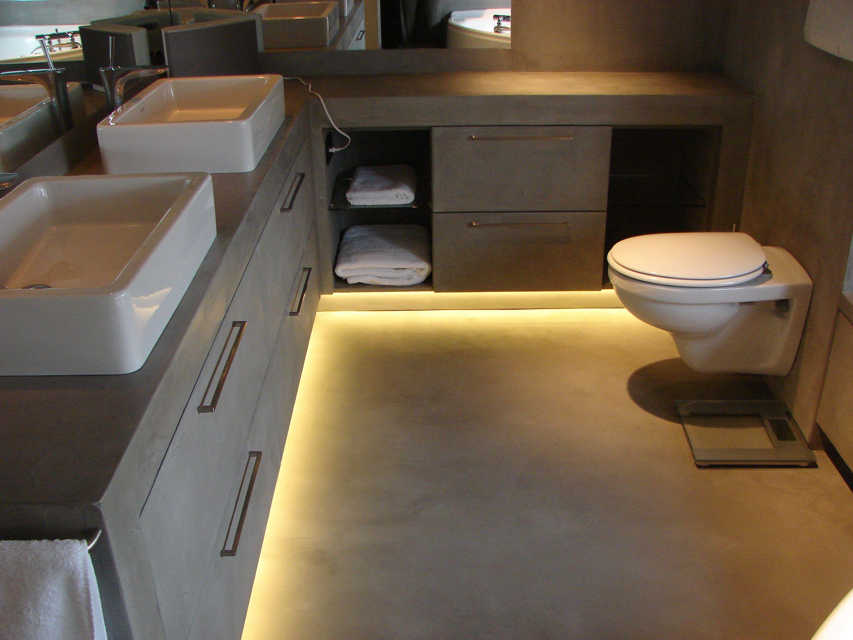 Vasque Salle De Bain Ciffreo Bona ~ vieux carrelage salle de bain la prsence duun vieux carrelage