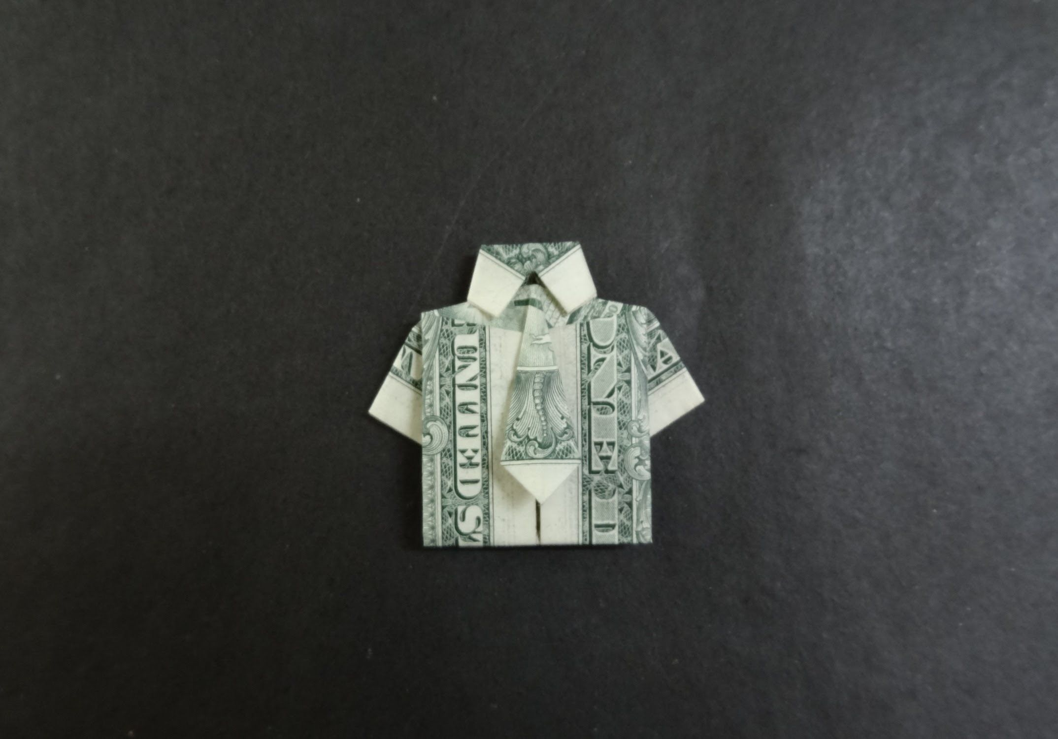 Dollar Origami Tutorial: How to fold a Shirt with Tie ... - photo#41