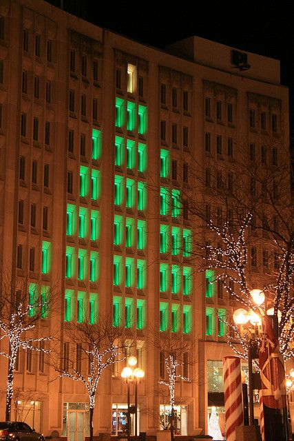 Pin By Dawn Smith On Christmas Tis The Season To Be Jolly Indianapolis Indiana City Of Indianapolis Christmas Lights
