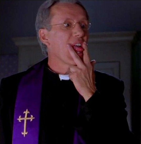 Scary Movie 2 2001 James Woods As Father Mcfeely I Don T Know Father The Child Won T Even Let Me Touch Her Mcfeely Oh Somet Scary Movie 2 Film Big Movies