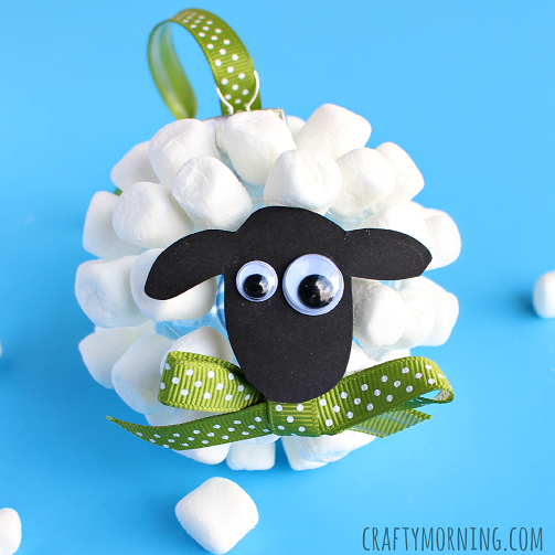 Marshmallow Sheep Christmas Ornament - Crafty Morning #calendrierdel#39;aventcouture