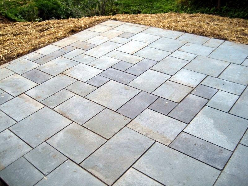 Sawdust 2 Stitches: Paver Patio Makeover | Landscaping | Pinterest ...