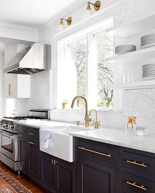 Exceptionnel Classic Kitchen With Black Shaker Cabinets And Modern Brass Hardware, Apron  Sink, Carrara Marble Backsplash And Open Shelving.