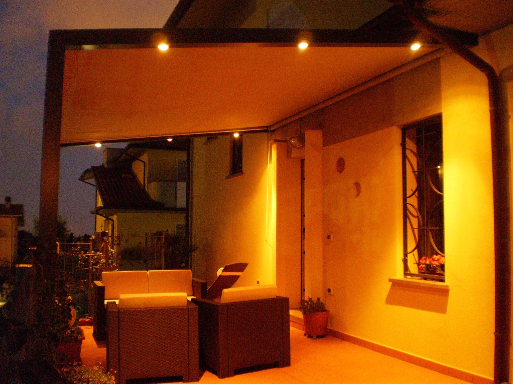 gazebo a parete con illuminazione e scorrevoli in acrilico  Strutture per Esterni  Pinterest