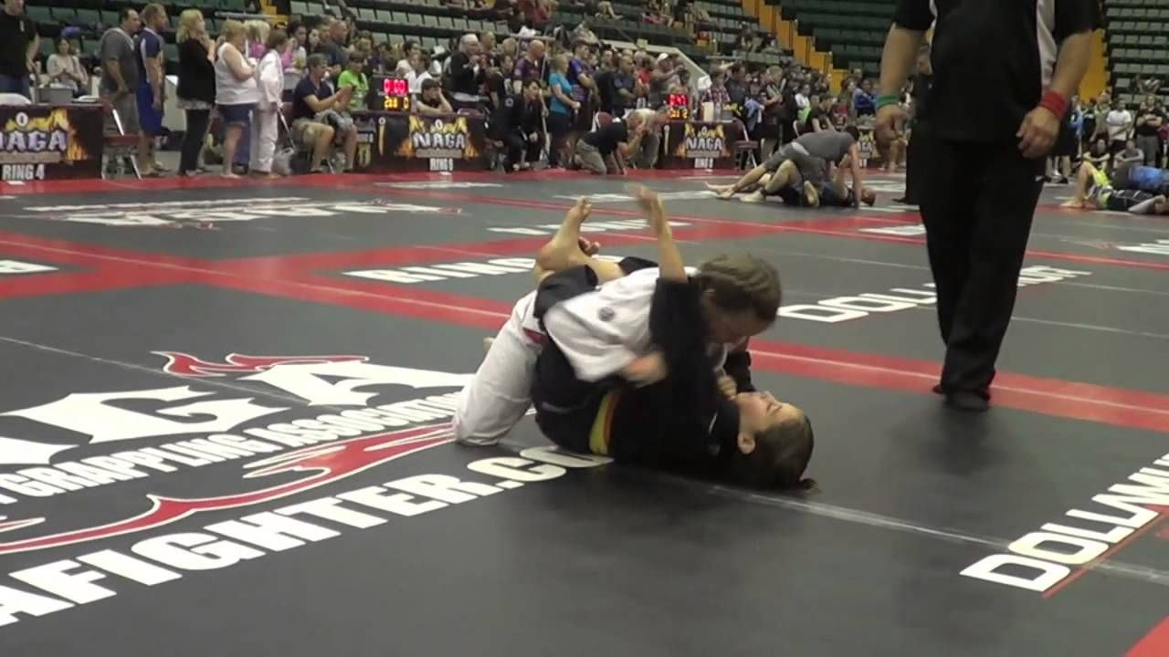 Ezekiel Fist Choke (with the tail) from the guard!