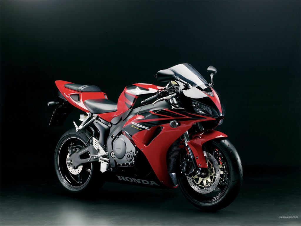 Charmant FireBlade, The Nick Name Of The CBR Absolutely, One Of The Best Super Sport  Bikes In The World. This One Liter Motorcycle Developed By Honda Is Not  Just A ...