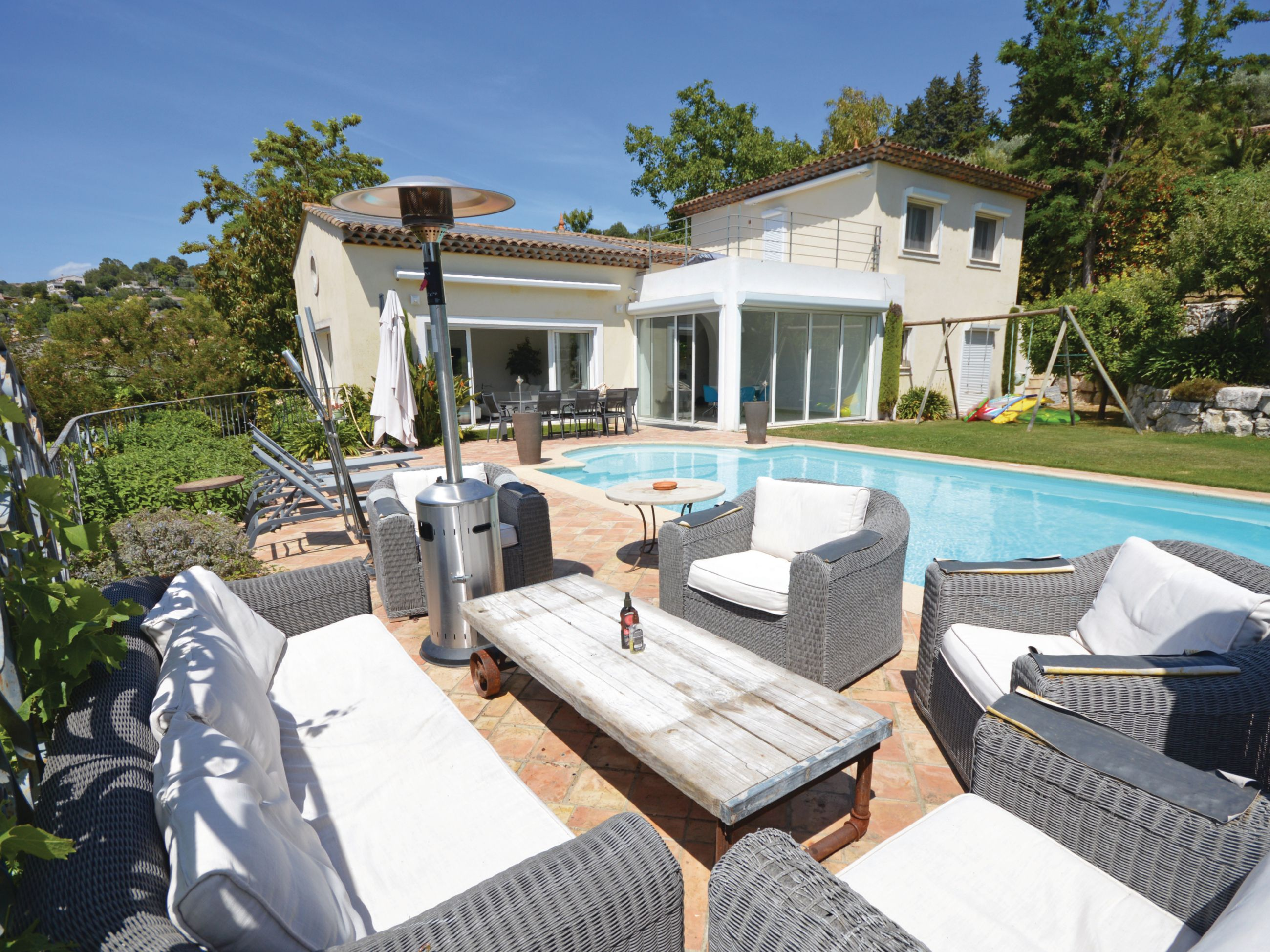 A Sumptuous Holiday Home With Air Conditioning And Beautiful Private Swimming Pool