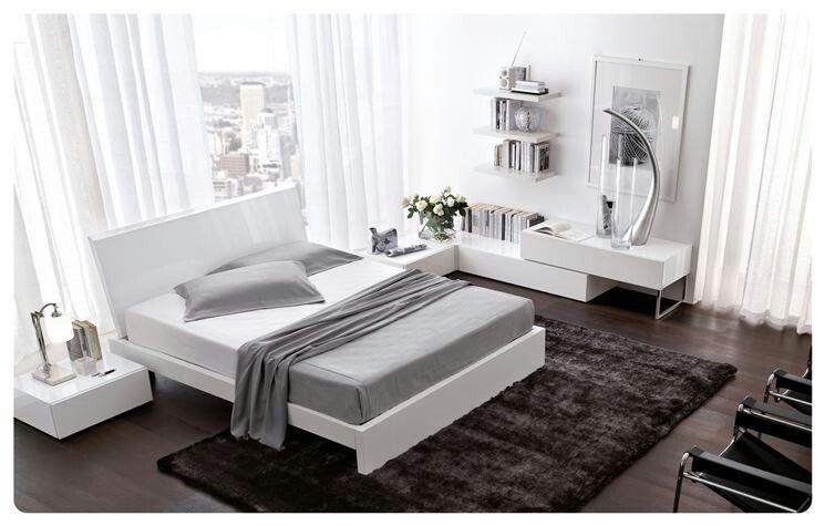 Camera da letto stile moderno con vista sulla città! ! | home ...